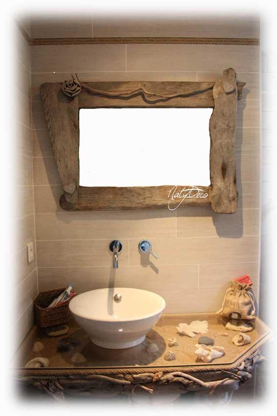 meuble de salle de bain en bois flott